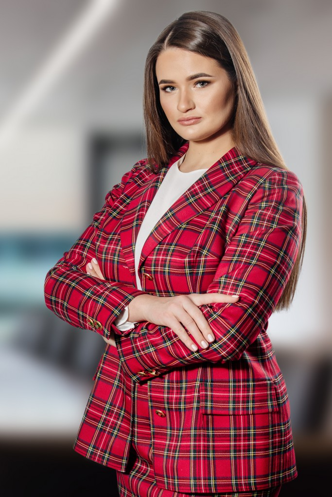 Олена Грищенко